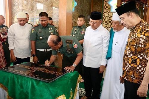 Walikota Medan Hadiri Peresmian Masjid Al Ikhlas Pomdam I BB