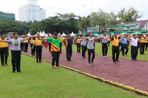 Wakil Walikota Medan Olahraga Bersama Ratusan Personil TNI dan Polri