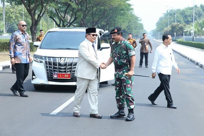 Dihadapan Prabowo Subianto, Panglima TNI Paparkan Program Pertahanan Negara