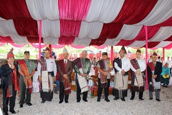 Masyarakat Desa Pardamean Sibisa dan BPODT Gelar Pesta Budaya di Kaldera Toba