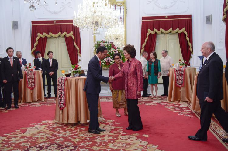 Presiden Jokowi Terima Kunjungan Kehormatan Utusan Khusus Sejumlah Pimpinan Negara Sahabat