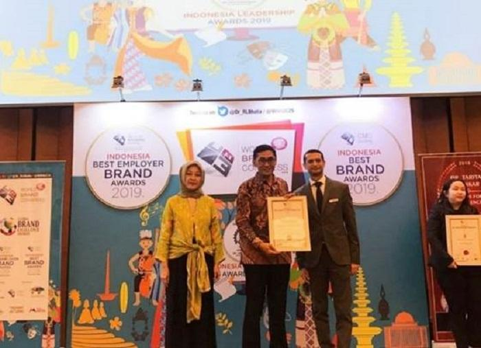 FiberStar Terima Anugerah Indonesia Best Employer Brand Awards 2019