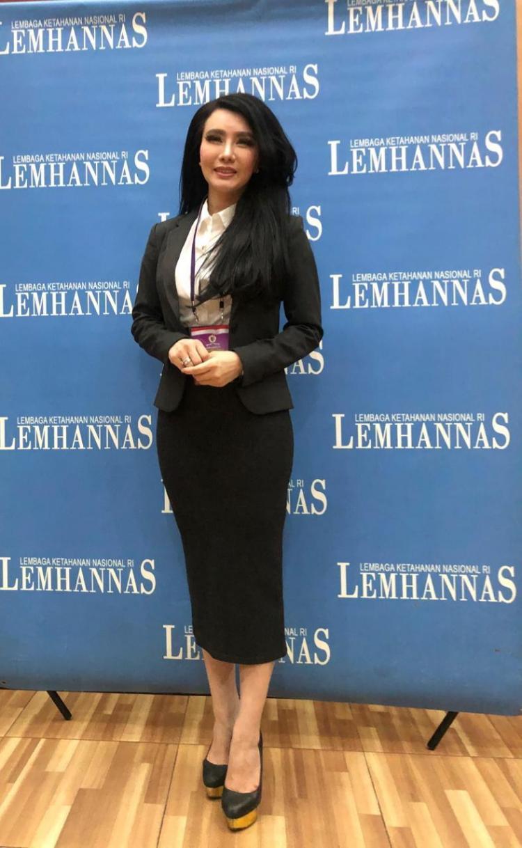 Amelia Salim, Pengusaha Sukses dengan Segudang Prestasi