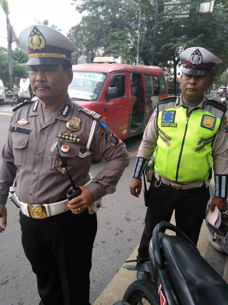 Satuan Lalulintas Polsek Medan Area Tekan Lakalantas di Jalan Raya