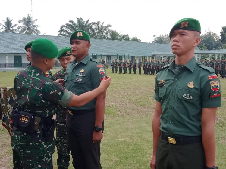 Danyonif 133 YS Pimpin Upacara Korps Kenaikan Pangkat dan Pindah Satuan