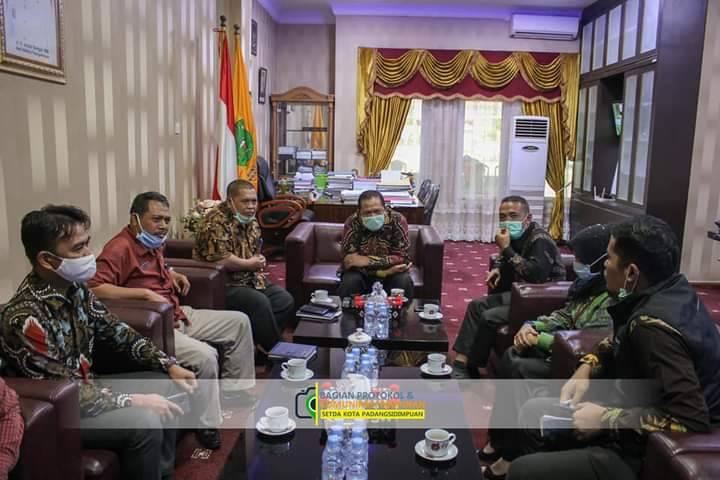Walikota Padangsidimpuan Minta PLN Bangun Infrastruktur Kelistrikan dengan Memperhatikan Estetika