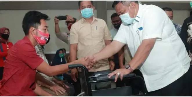 840 Lansia dan Penyandang Disabilitas Terima Bantuan dari Pemkab Labura