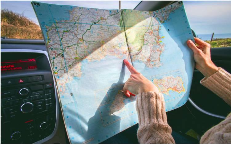 Libur Panjang Akhir Pekan Ini, Menteri Koperasi UKM Sebut Wisatawan Butuh Jaminan Protokol Kesehatan