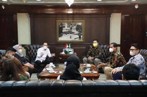 Pjs Walikota Medan Terima Audiensi IKAJARA Kota Medan