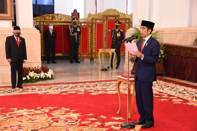 Presiden Jokowi Pimpin Upacara HUT TNI di Istana Negara, Sinergi Kunci Pertahanan Negeri