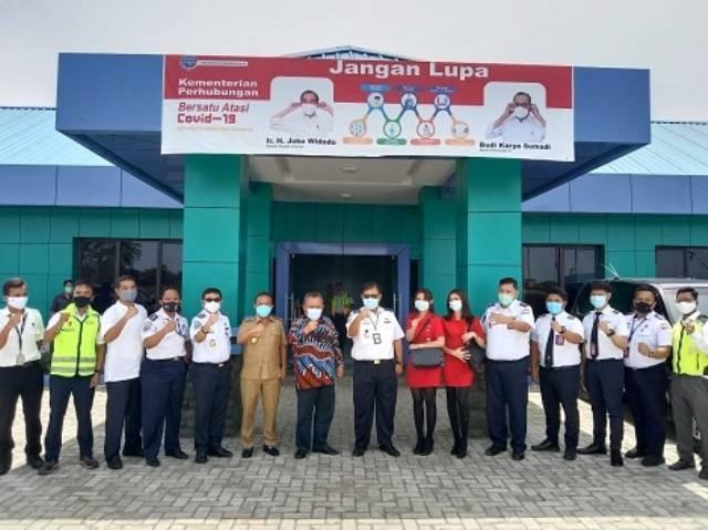 Wabup Tapteng Berharap Bandara Dr FL Tobing Bisa Disinggahi Pesawat Ukuran Besar