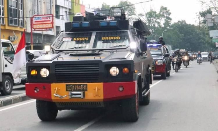 Brimob Polda Sumut Patroli Skala Besar, Jaga Sitkamtibmas Kondusif di Masa Libur Panjang