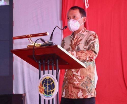 Pjs Wali Kota Medan Hadiri Penyerahan Sertifikat Tanah untuk Rakyat