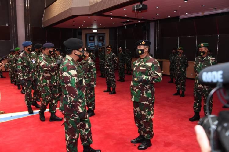 Sebanyak 35 Orang Perwira Tinggi TNI Naik Pangkat