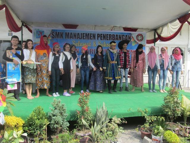 SMK Manajemen Penerbangan Yayasan Citra Dharma Riau Medan Peringati Hari Guru