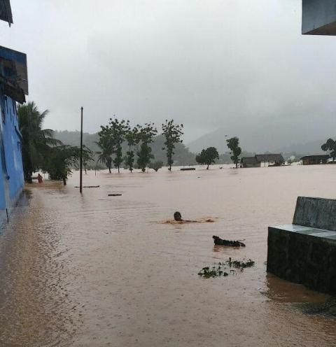 Siklon Tropis Cempaka Sebabkan 11 Orang Tewas Terkena Banjir, Longsor dan Puting Beliung