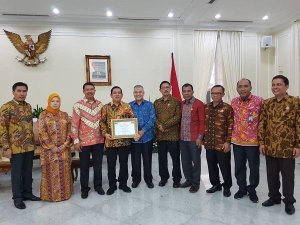 Pemprov Sumut Raih Penghargaan Anugerah Keterbukaan Informasi Badan Publik Tahun 2018