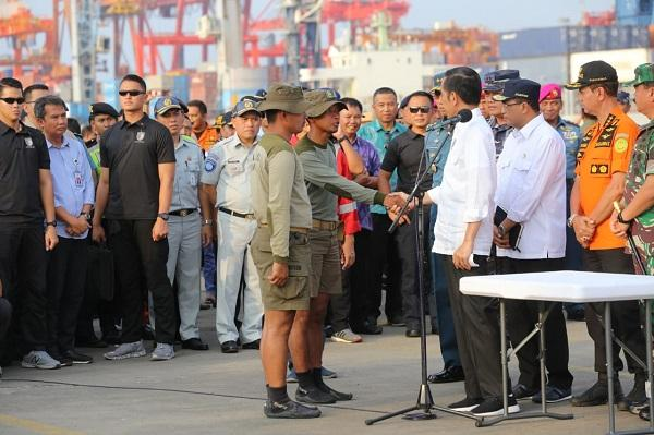 Temukan Block Box Lion Air, Dua Prajurit TNI dapat Penghargaan dari Presiden RI