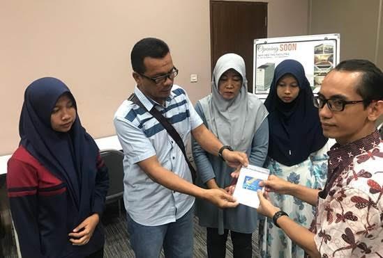 Lion Air Serahkan Santunan kepada Keluarga Korban Kecelakaan Penerbangan JT-610