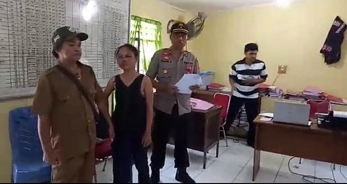 Dicurigai Menculik Anak, Wanita Kurang Waras Dihajar Massa di Simalingkar