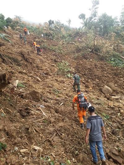 Cuaca Buruk Sulitkan Proses Evakuasi Korban Longsor di Nias Selatan