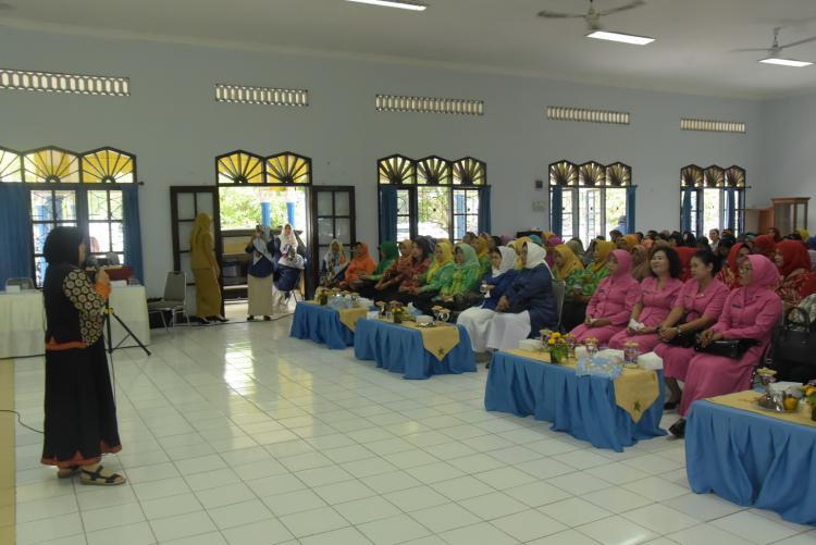 Puluhan Guru TK dan RA Mengikuti Pelatihan Yang Diselenggarakan GOPTKI Deli Serdang