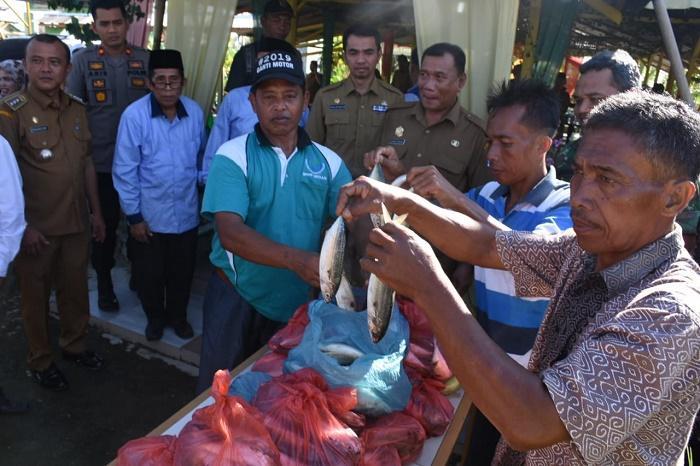 Bupati Deli Serdang: Masyarakat Harus Gemar Makan Ikan, Jangan Tergiring Isu Hoax