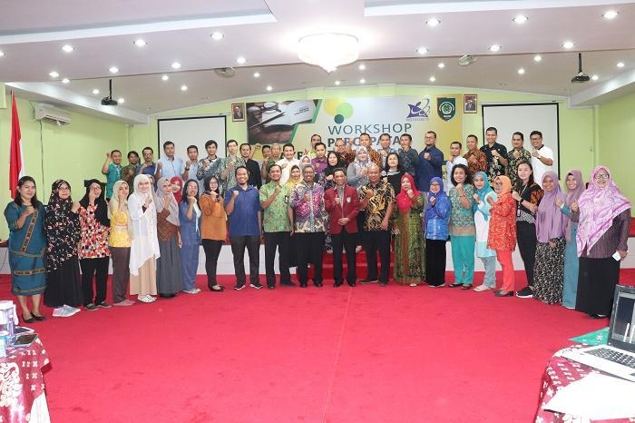 Prof Dian Armanto Buka Workshop Percepatan Akreditasi Jurnal di UISU