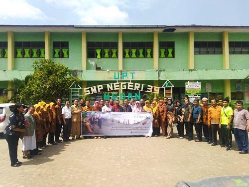 Tim Budaya Bersih Pemko Medan Sosialisasikan Budaya Bersih Kepada Warga Sekolah SMP Negeri 39 Medan