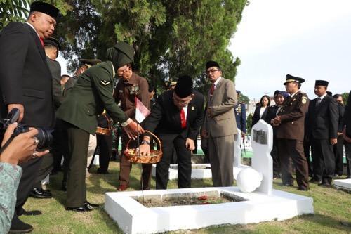 Peringatan Hari Pahlawan, Sekda Ikuti Upacara Ziarah Nasional
