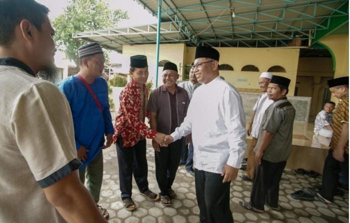 Safari Jumat di Masjid Baabul Falah, Akhyar Imbau Warga Kota Medan Jaga Kebersihan Lingkungannya