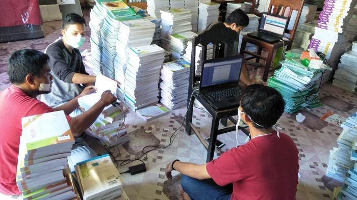 MAN 3 Pidie Jaya dan Aceh Library Consultant Kembangkan Otomasi Perpustakaan