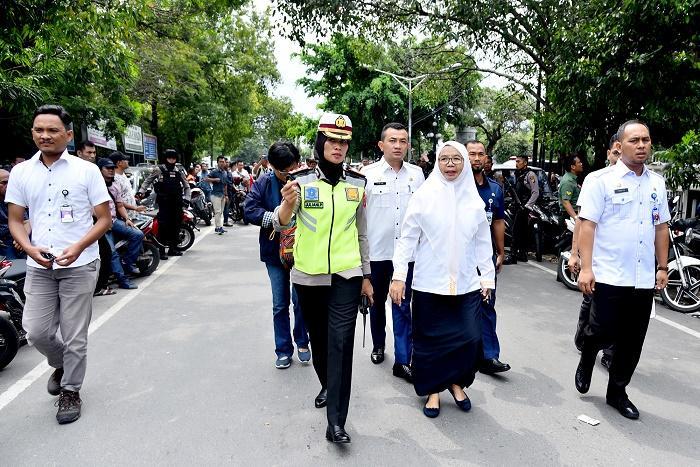 Sekdaprov Sumut Kunjungi Mapolrestabes Medan Pasca Ledakan Bom Bunuh Diri