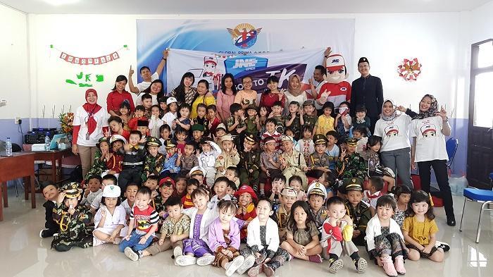 Peringati Hari Pahlawan, JNE Medan Gelar Fun Learning di Sekolah Global Prima Medan