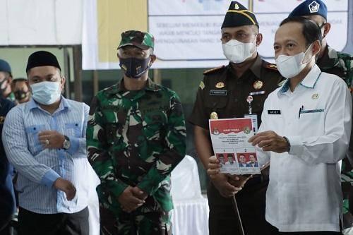 Pjs Wali Kota Medan Tinjau Langsung Pensortiran dan Pelipatan Surat Suara Pilkada Kota Medan