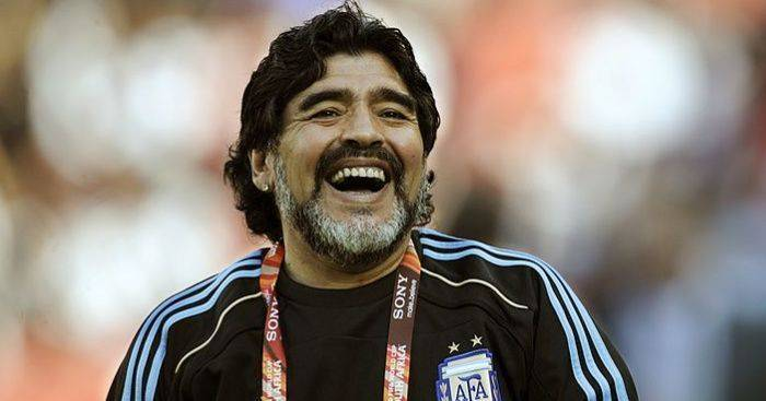 Legenda Sepakbola Diego Maradona Meninggal Dunia