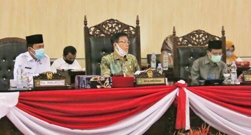 Paripurna APBD 2021, Pemko Medan Diminta Tidak Lengah Awasi Penyebaran Covid-19
