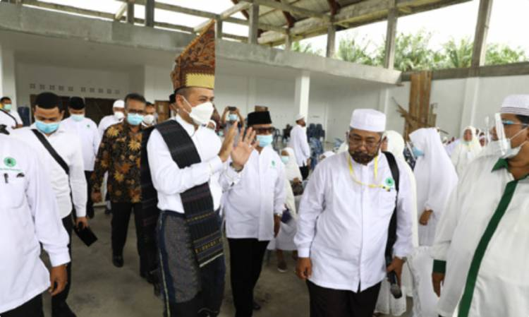Musa Rajekshah Lantik Pengurus Daerah IPHI Simalungun, Selalu Jaga dan Eratkan Ukhuwah Islamiyah