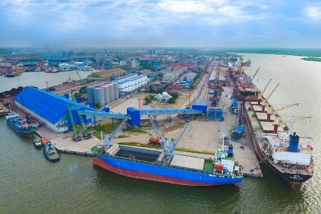 Pelindo 1 Tandatangani MoU dengan PT Indonesia Kendaraan Terminal Tbk dan PT Jasa Peralatan Pelabuhan Indonesia