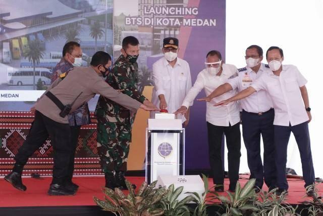 Menteri Perhubungan Groundbreaking Pembangunan Terminal Amplas  dan Luncurkan Transportasi Massal