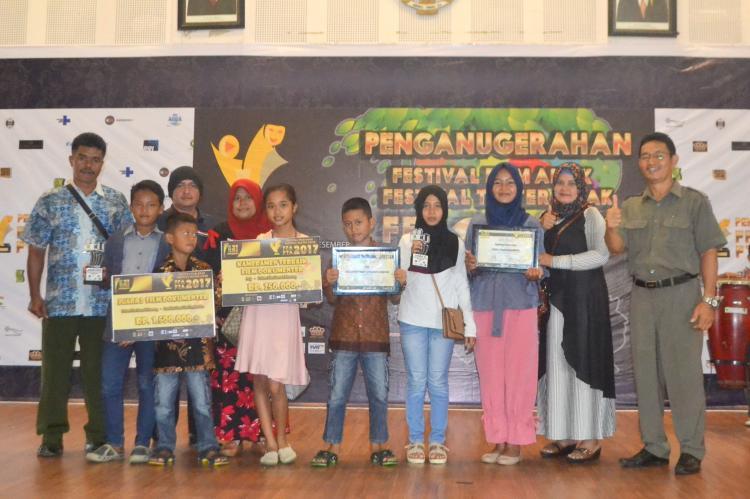 Film Rumah Momong Karya Anak-anak Binaan PT Amal Tani Raih Juara Film Dokumenter