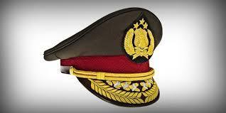 Personel Polsek Sunggal Berprestasi Terima Penghargaan dari Kapolrestabes Medan