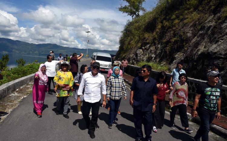 Pemprov Sumut Rangkul Alumni Lemhanas Kembangkan Pariwisata Danau Toba