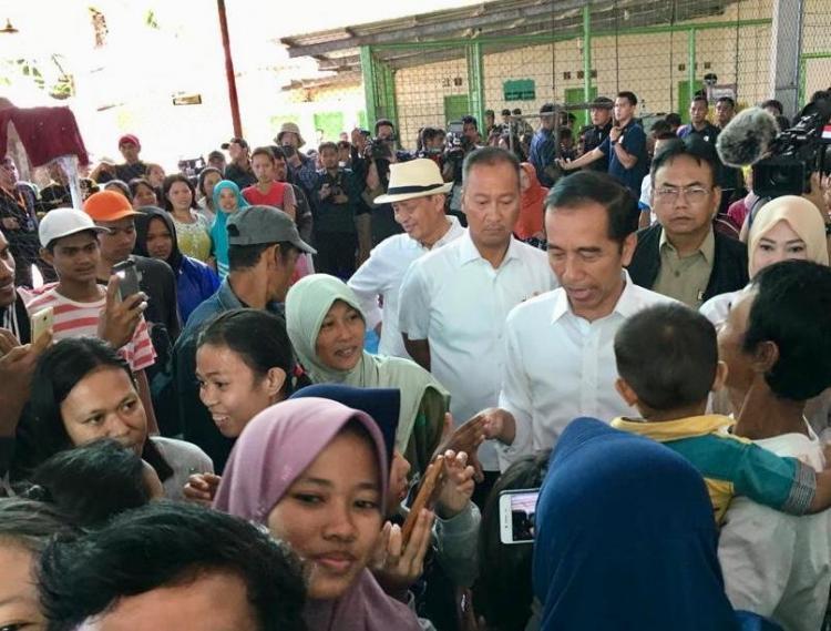 Tsunami di luar Perkiraan, Presiden Jokowi Minta BMKG Beli Alat Sistem Peringatan Dini