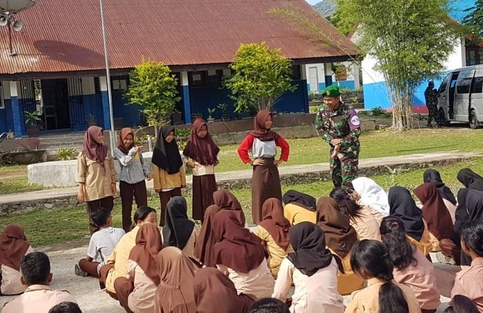 Tim Psikologi TNI Berikan Dukungan Psikososial kepada Siswa di Sigi, Sulteng