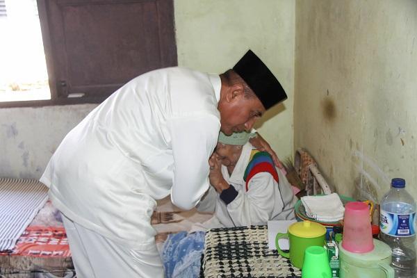 Kunjungi Lansia di Binjai, Gubsu: Bakti Kita untuk Mengurus dan Merawat Mereka