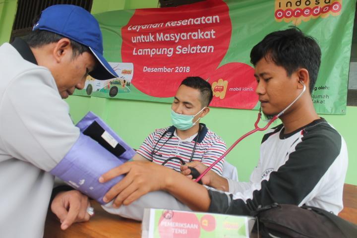 Indosat Ooredoo Berikan Layanan Kesehatan dan Kebutuhan Darurat Korban Tsunami Selat Sunda