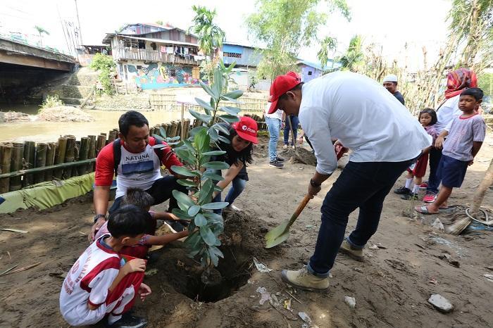 Aksi Millenial Pelindo 1 Menyasar Kampung Pinggir Sungai Kota Medan