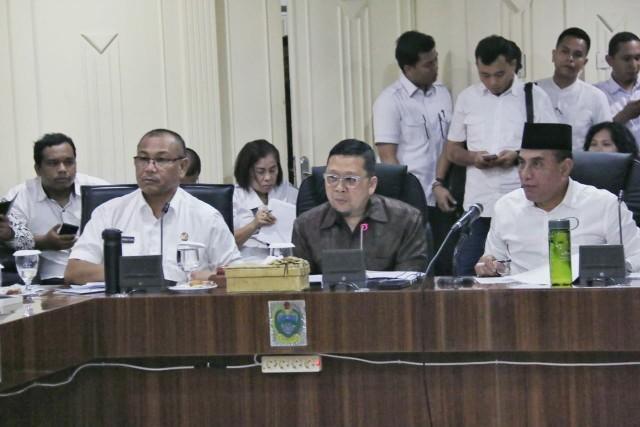 Blangko E-KTP Kosong, Plt Wali Kota Medan Lapor ke Komisi II DPR RI