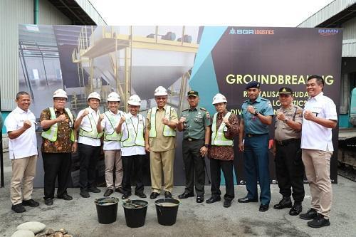 Revitalisasi Gudang BGR Logistic, Plt Wali Kota Medan Letakkan Batu Pertama